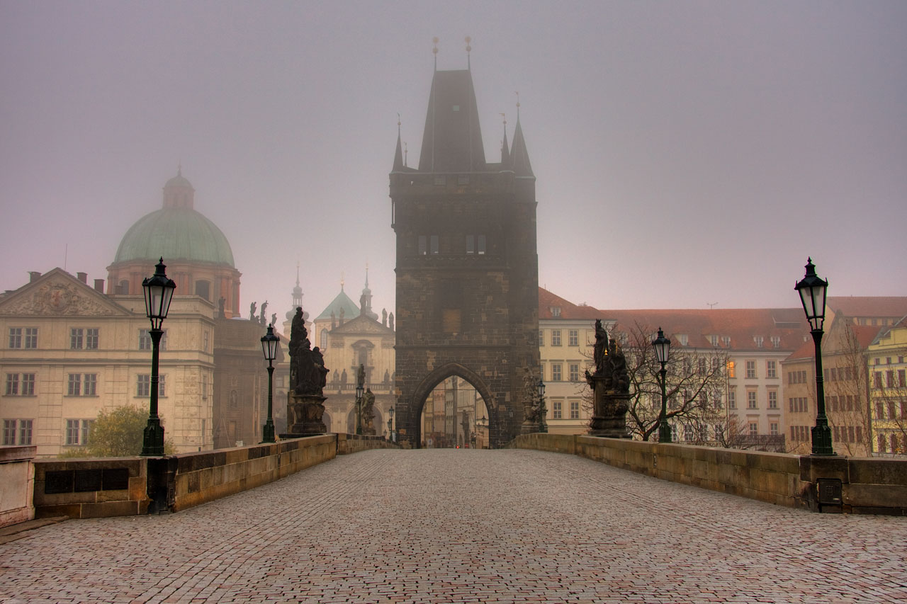 Charles_bridge_Prague_-_tunliweb.no_2