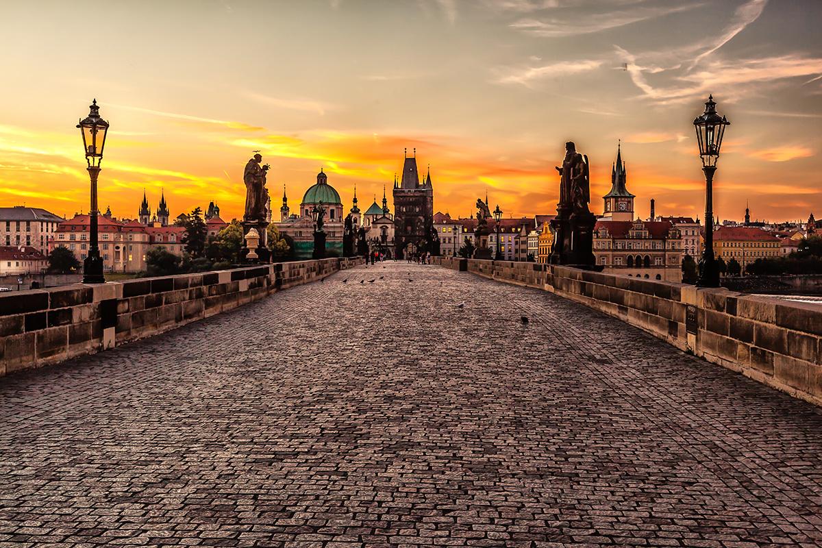 Prague_sunrise__TOUR 1